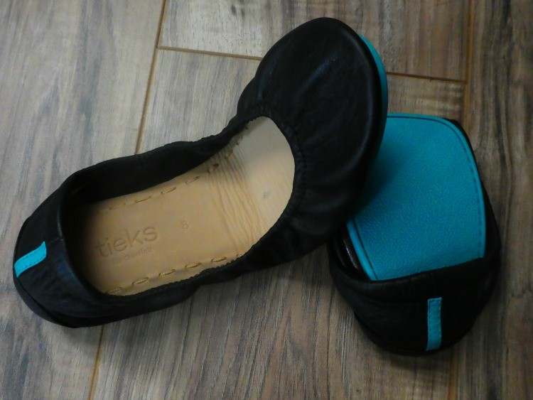 travel capsule shoes