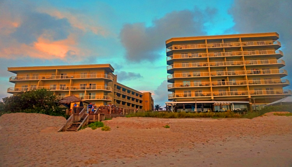 13 Reasons to Stay at Crowne Plaza Melbourne-Oceanfront, Florida