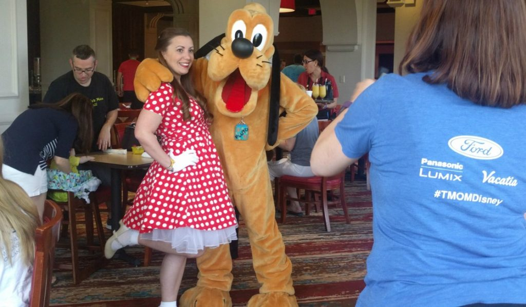 Dining with characters is a fun things to do outside the disney theme parks