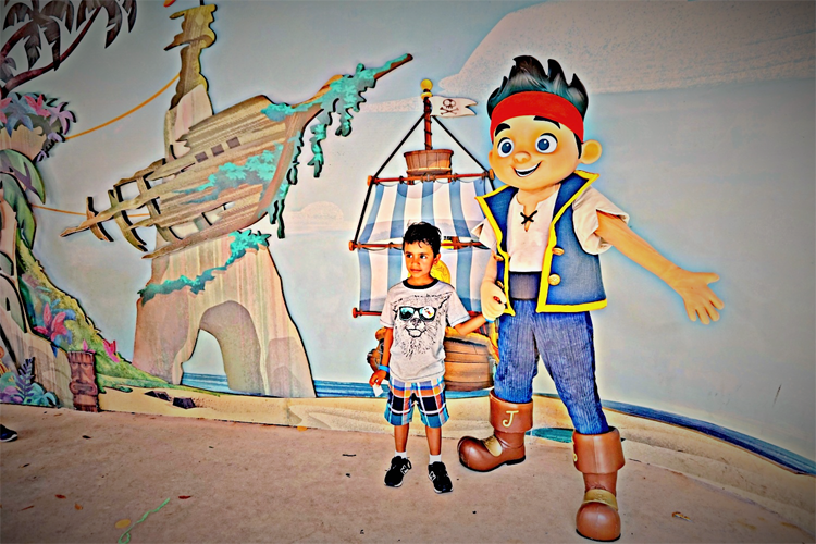 Veteran TravelingMoms itemize all the fun waiting at Walt Disney World Hollywood Studios for preschoolers. Jake and the Neverland Pirates is one of many fun character meet and greets available.