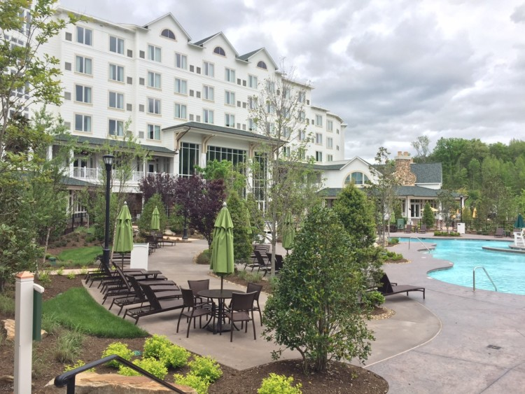 VIP Tip for Dollywood Stay at Dreammore Resort