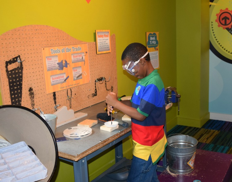 Marbles Children's Museum in Raleigh NC offers children the ability to get hands on with tools.