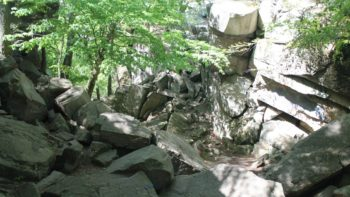5 Reasons to Hike Purgatory Chasm with the Kids
