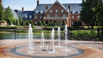 Founders Inn and Spa - Take a look at this article to learn about what an off season visit to Founders Inn and Spa in Virginia Beach is like.