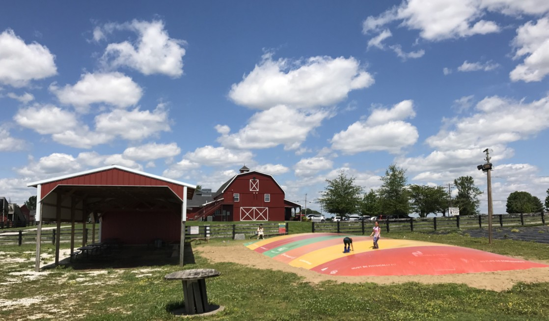Chaney's Dairy Barn is a fun place for families to visit in Bowling Green, Kentucky.