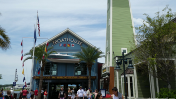 What's free at Disney Springs? Here are some free ideas along with freedom to choose whatever you want in food, activities, and shopping!