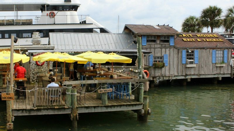 7 Of The Best Places To Eat In Clearwater Florida