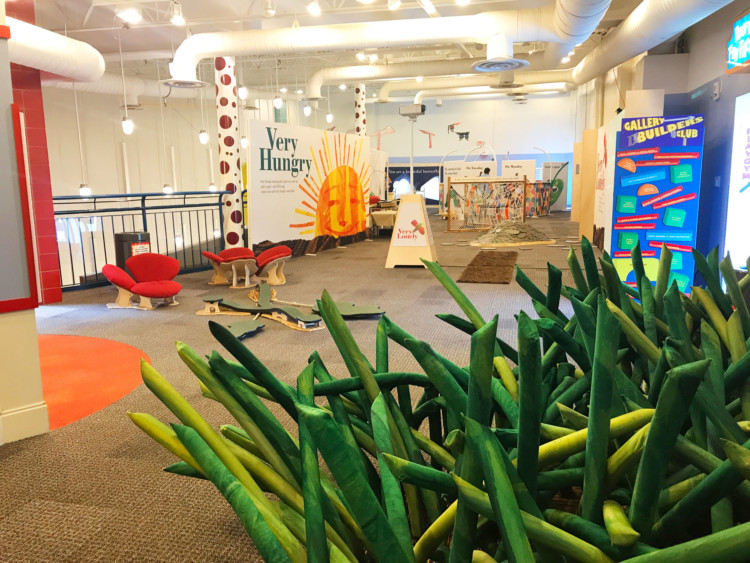 Family friendly activities in Chattanooga, Tennessee include Creative Discovery Museum.