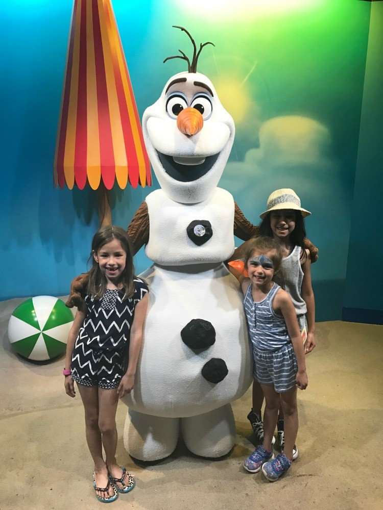 Meet the world's happiest snowman, Olaf, in Disney's Hollywood Studios. A must-do for toddlers.