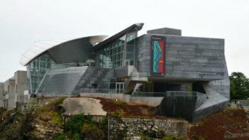 what are some chattanooga locals' favorite food and fun like the hunter museum