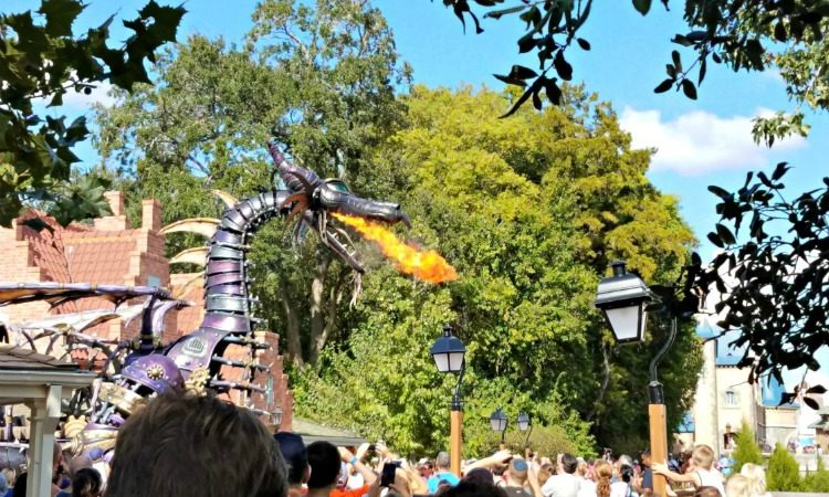 With tall floats like the ones in Festival of Fantasy, you can avoid crowds by not grabbing a spot right up front.