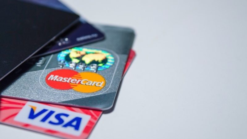 3 important things to know about travel rewards credit cards.