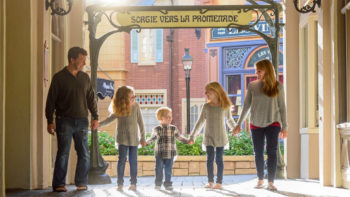 There are tons of stunning options for family photos at Walt Disney World. We've rounded up the best WDW locations that don't require park admission!