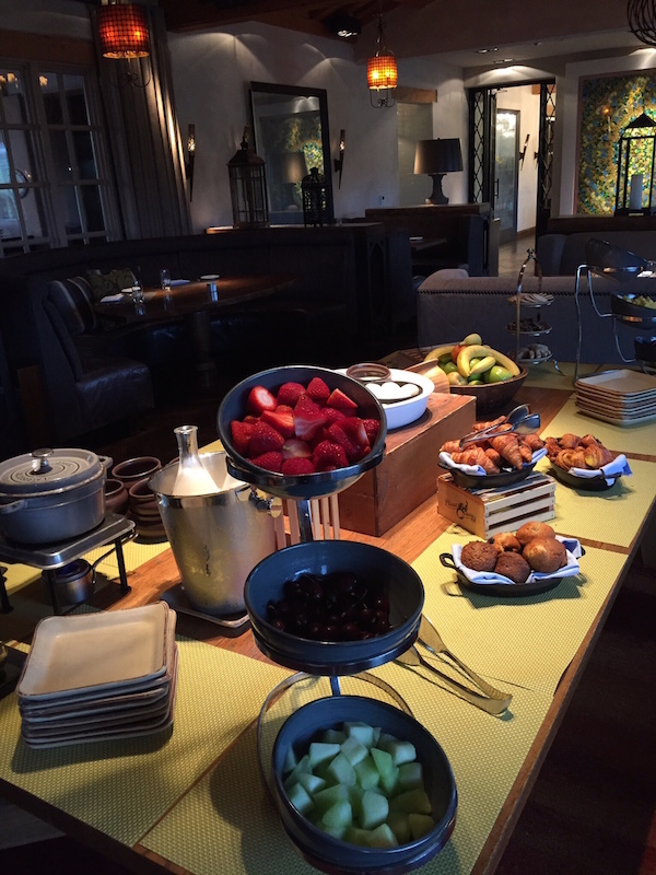 Luxury hotel review: breakfast at Rancho Valencia is healthy and delicious