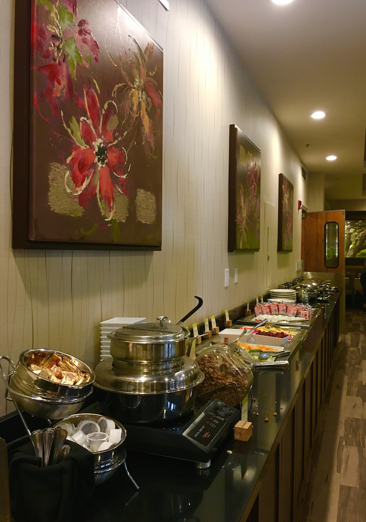 Enjoy the breakfast buffet, where to stay in Claremont with kids.