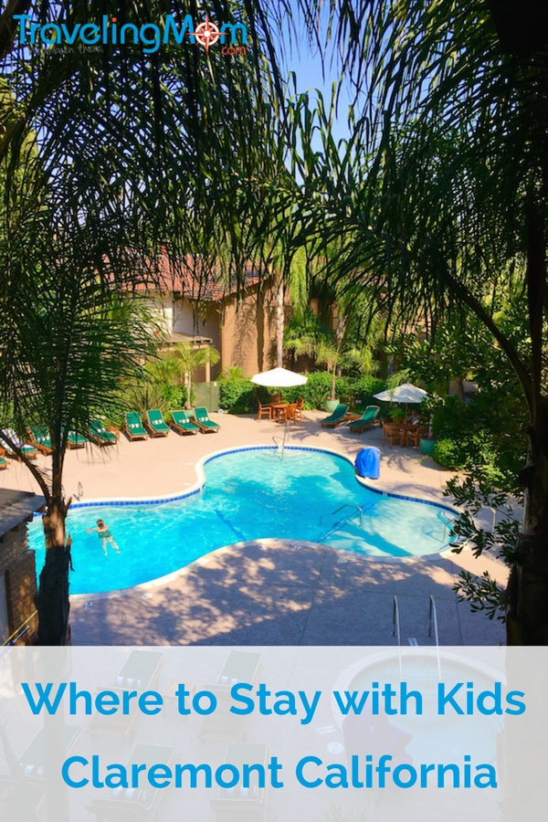 Enjoy the lush, tropical pool while staying in Claremont, California, with kids whether your family is touring the Claremont Colleges or driving down Route 66.