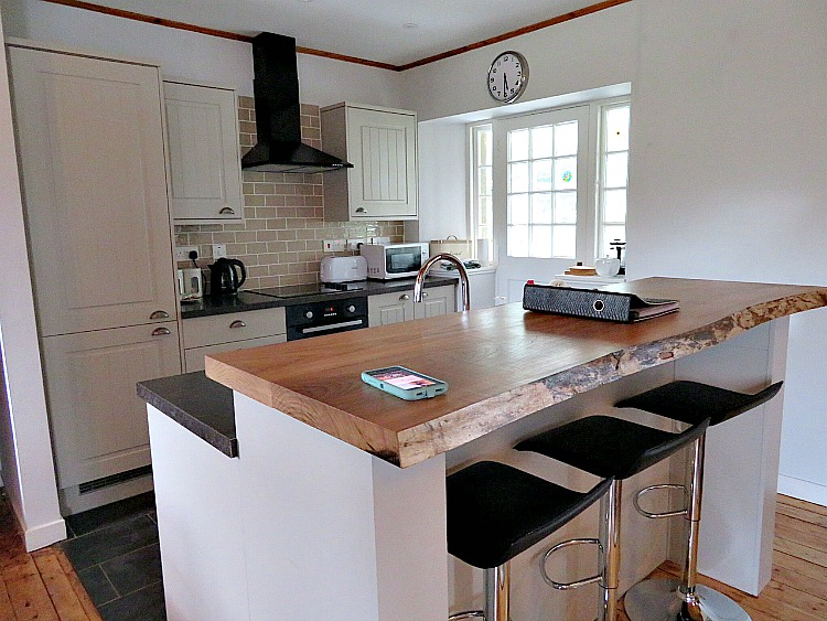 Kitchens can be one of the money saving benefits of a vacation rental.