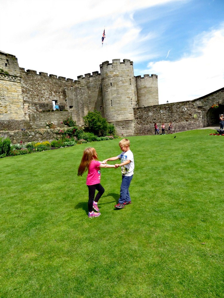 When visiting castles with kids check for courtyards or gardens for the kids to play.