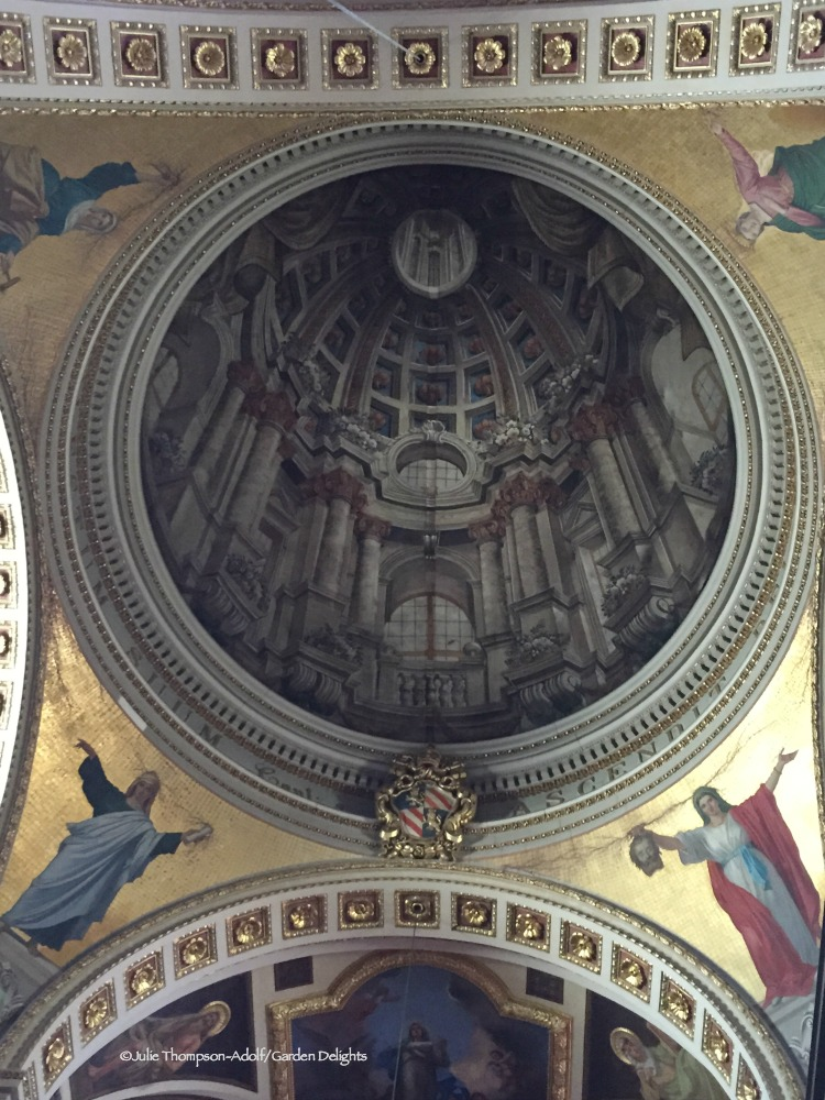 Things to do in Gozo include viewing the painted dome ceiling of the Cathedral of the Assumption.