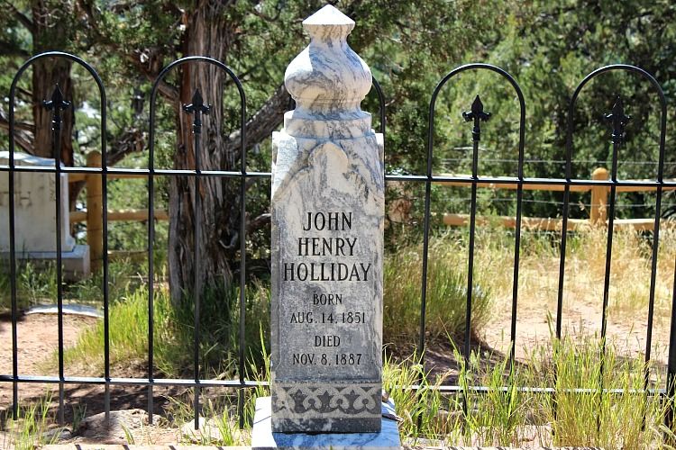 A great Free Colorado Adventure for the whole family is a jaunt up to Doc Holliday's grave in Glenwood Springs, CO.