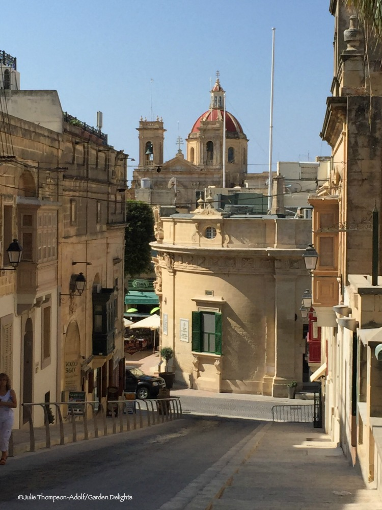 Visiting Victoria is one of the first things to do in Gozo.