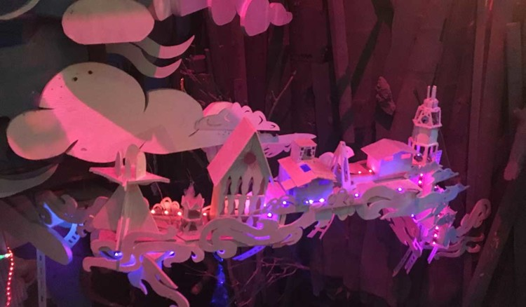 A multi-sensory place of discovery and imagination that was born of art, Meow Wolf is the perfect excuse to visit Santa Fe with kids!