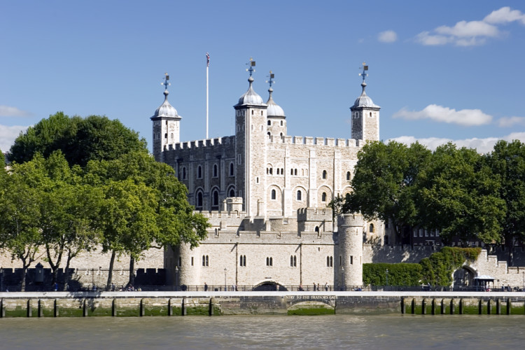 should i include the tower of london in a 3 day london itinerary for families