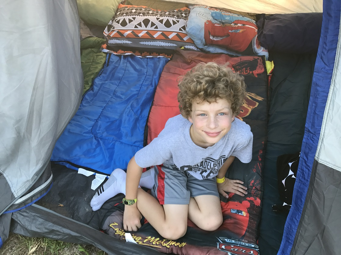 We got ready for the Diggerland USA Camp Out by settling into our tents before exploring Diggerland.