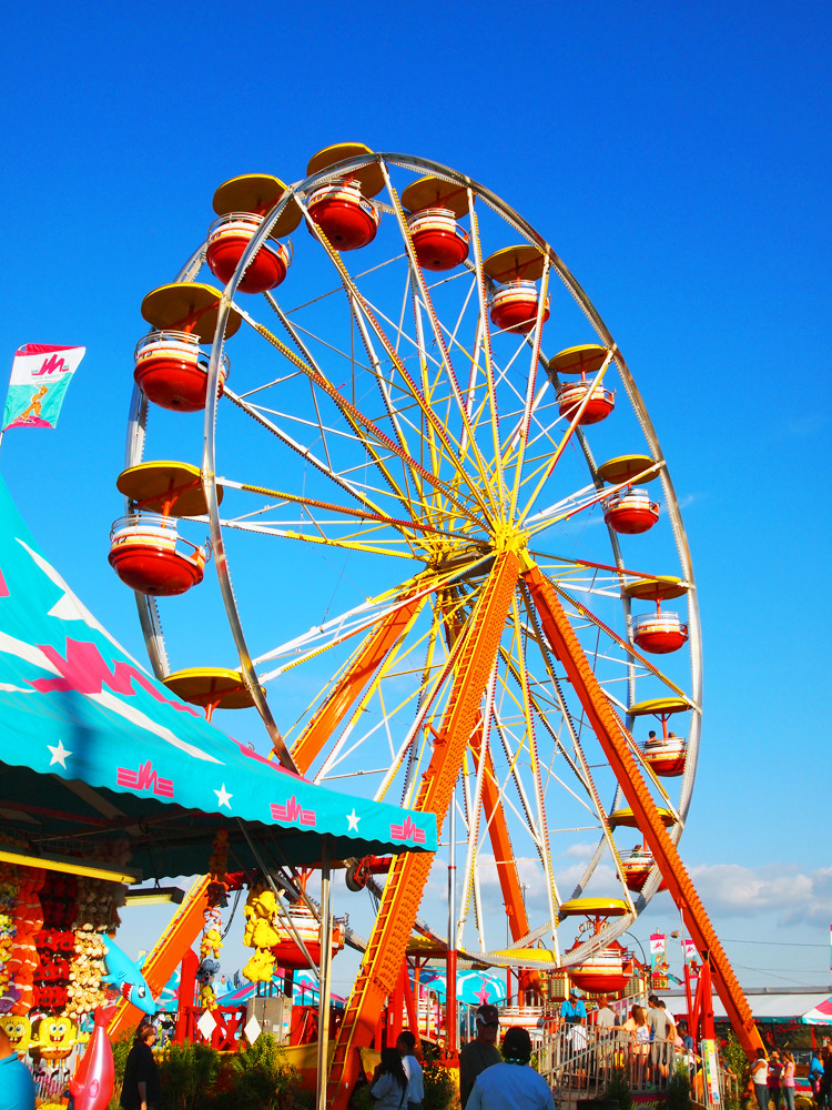 Fall festivals are great fall activities for families in the US.