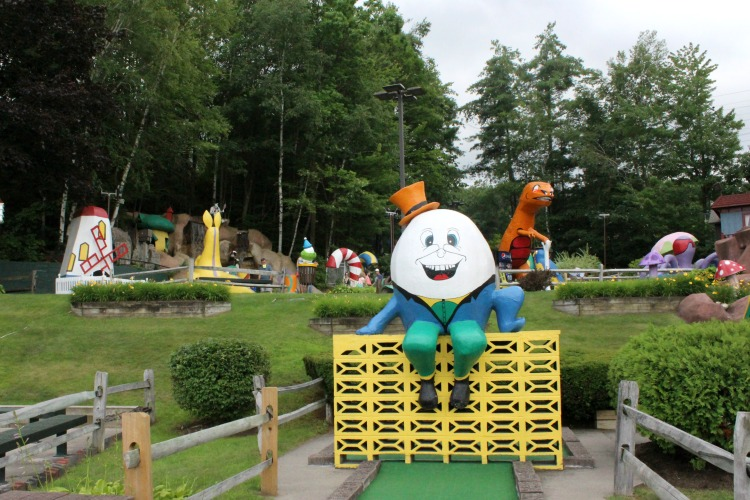 Mini golf is another one of the things to do when you visit Lake George, NY.