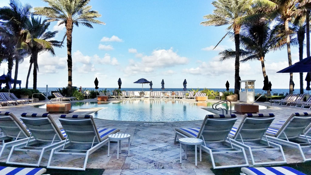 Review: Luxurious Eau Palm Beach Resort and Spa Hotel with Kids