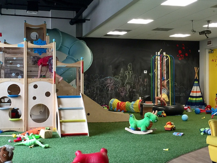 A chalk Play cafe in Palm Beaches, Florida? Yep, and it's perfect for toddlers!