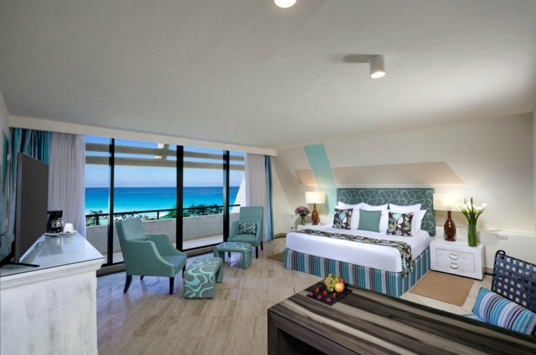 do the rooms at The Pyramid at Grand Oasis feature unique Cancun luxury?