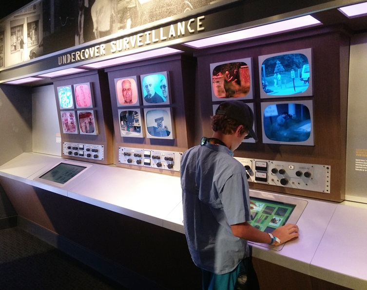Visiting Las Vegas with teens and tweens? Be sure to check out these awesome, educational and unique museums, sure to captivate the imagination!