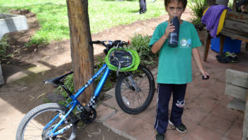 Review of Family Friendly Water Bottles for Travel