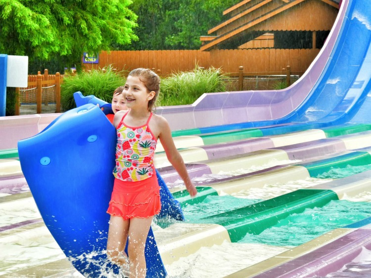 Taking your kids to a waterpark presents challenges. Preparation beforehand can not only eliminate meltdowns and stress, but can add to the experience.