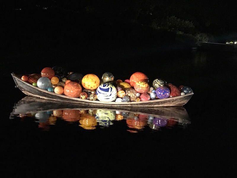 Only on view through the end of October: Chihuly glass art in NY