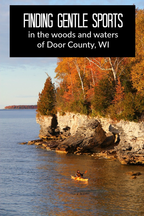 Door County outdoor sports like kayakinh offer spectacular colors in autumn.