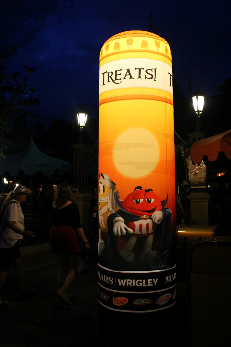 Mickey's Not So Scary Halloween Party hasn't forgotten about the Halloween candy.