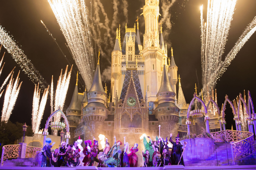 Halloween Orlando 2017 events include Walt Disney World's Not So Scary Halloween Party! Halloween events in Orlando can be spooky or silly. You can find something right for your family.