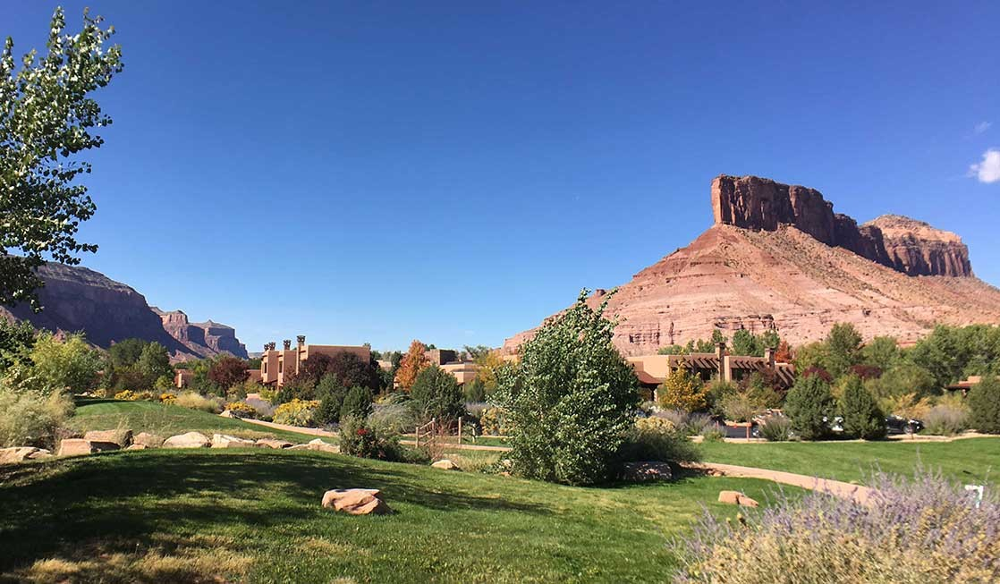 Gateway Canyons Resort for romance is ideal because of the beautiful Colorado scenery.