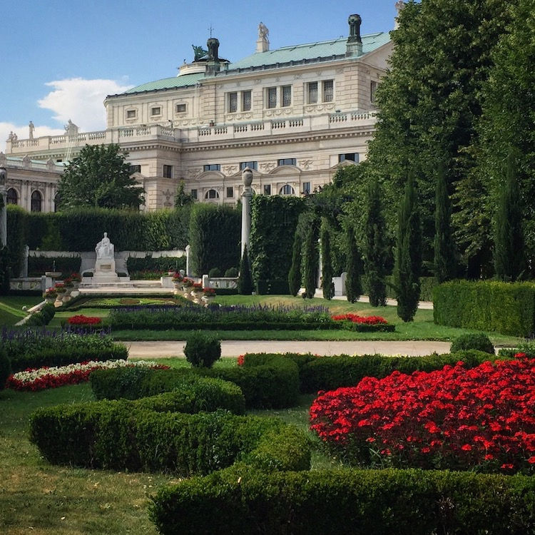 romantic things to do in vienna include a visit to a Vienna garden park.