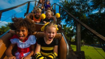 Halloween Orlando 2017 events include tons of fun! Halloween events in Orlando can be spooky or silly. You can find something right for your family.