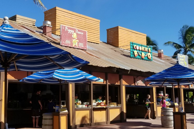When you're on Castaway Cay, skip the Disney Dream restaurants to eat at Cookie BBQ