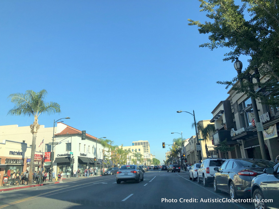 Searching for Best Things to Do in Pasadena with Kids? Discover Pasadena's Colorado' Boulevard shopping and dining venues.