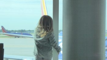 unaccompanied minor girl at the airport - TravelingMom