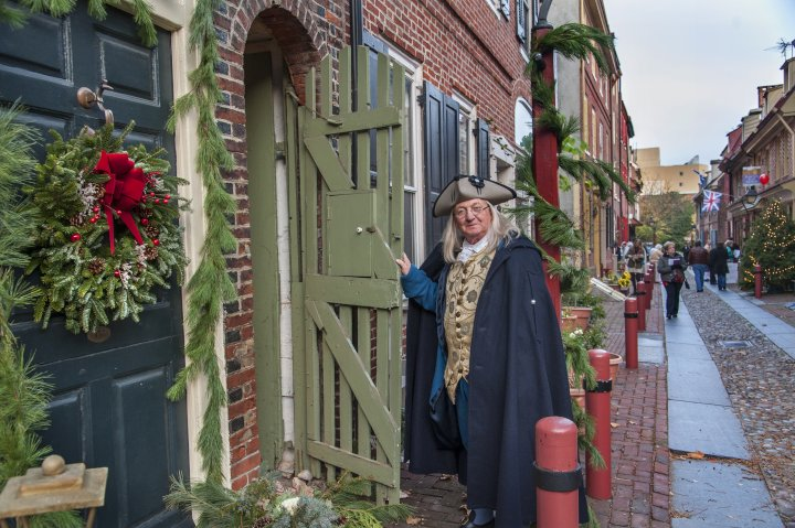 One of the best-loved Philadelphia holiday traditions is Deck the Alley at Elfreth's Alley.