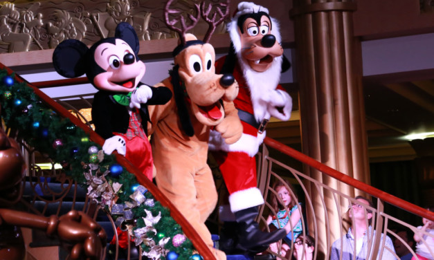 How to Celebrate the Holidays at Disney World