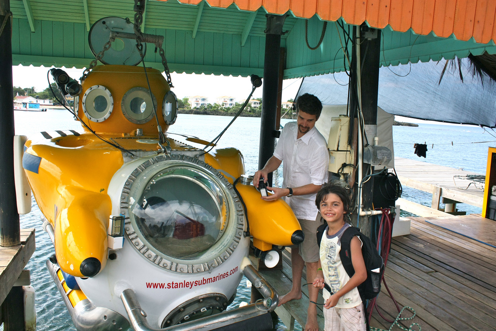 Ready to go on a submarine tour in Roatan during our Honduras family vacation.