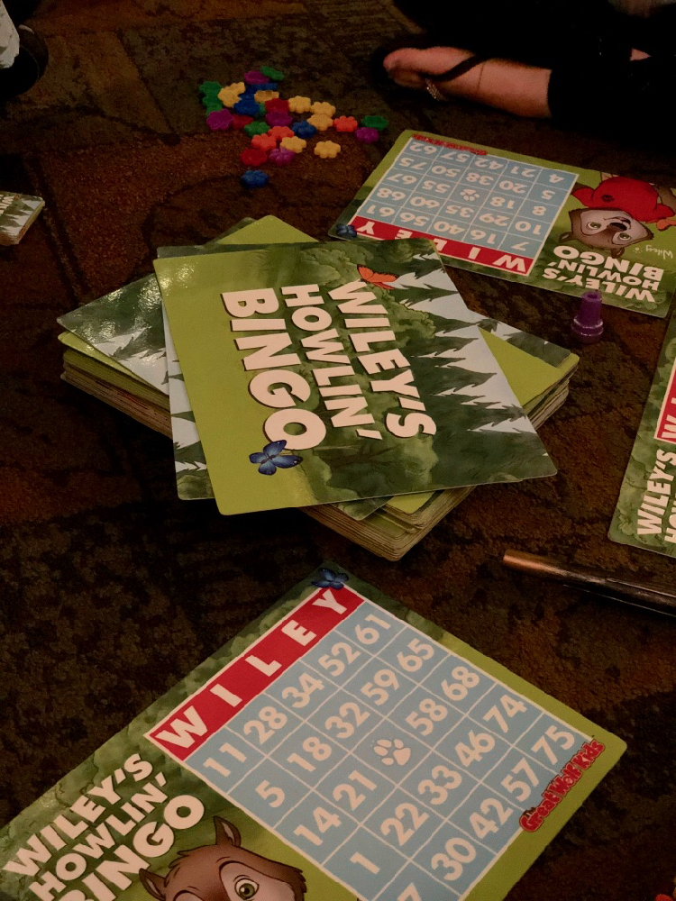 """Wiley's Howlin Bingo"" cards and markers from Great Wolf Lodge in Mason, Ohio - TravelingMom"